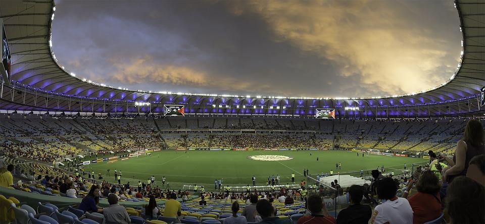 Peut-on encore aimer le football - POUR - www.pour.press