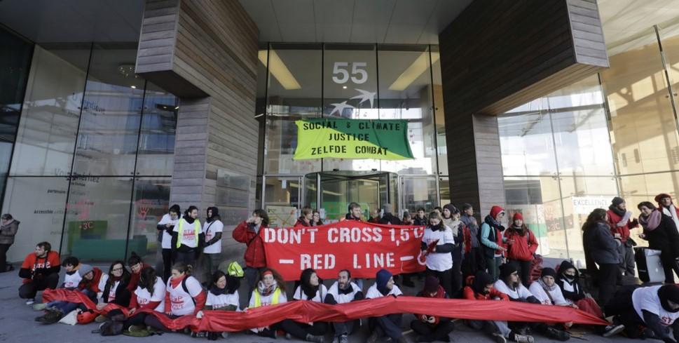 Blocage de la BNP : récit d'un jeune manifestant pour le climat