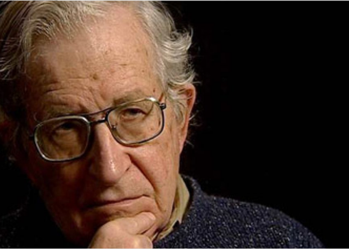 Noam Chomsky: «Les maîtres de l'humanité ont tué l'Europe»