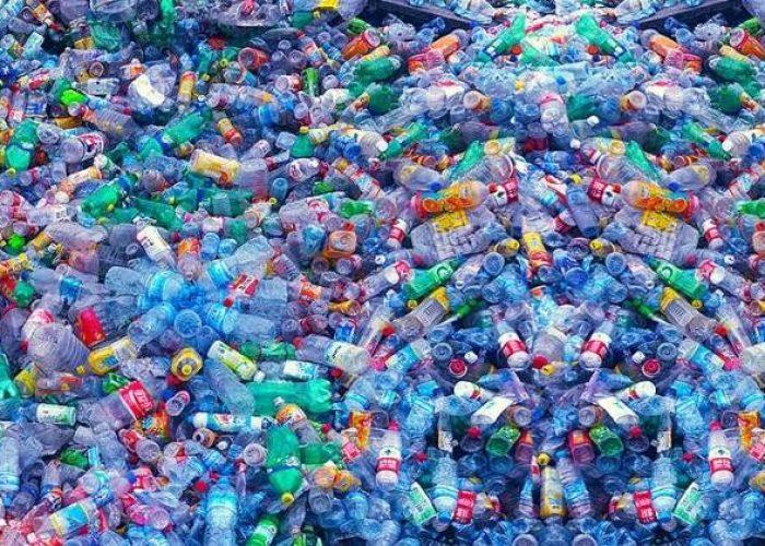 Plastiques stupides, ne fermons plus les yeux