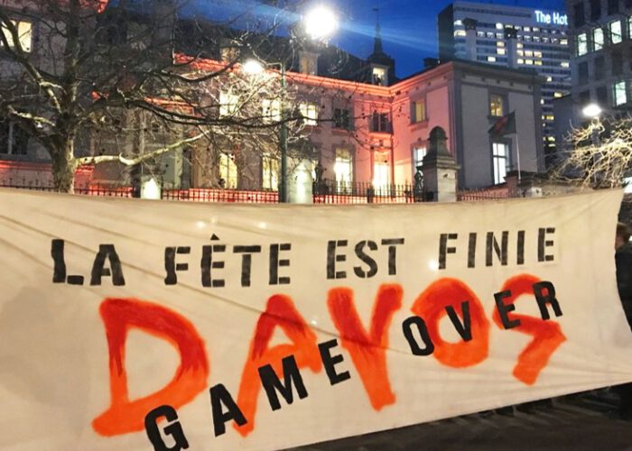 La conférence « Back From Davos » bloquée par une alliance de collectifs activistes anticapitalistes