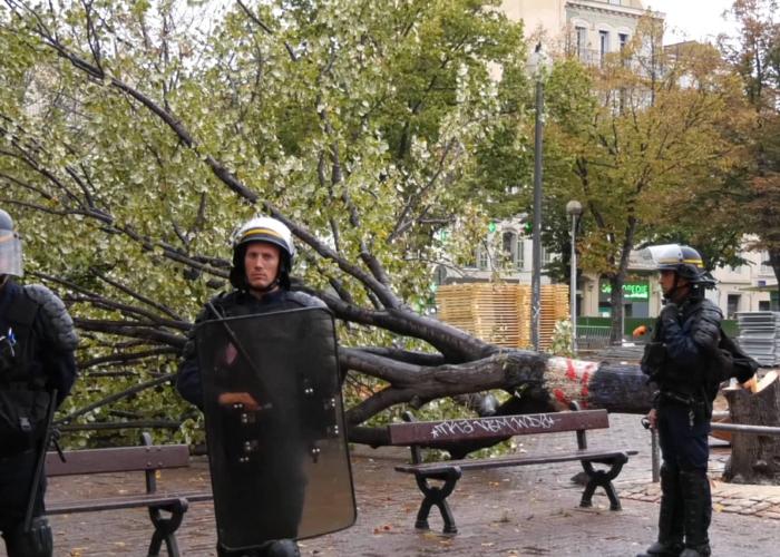 Namur : Besix veut passer en force